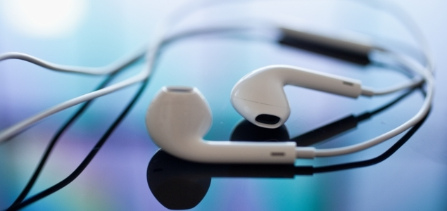 Las 14 funciones casi desconocidas de los auriculares del iPhone