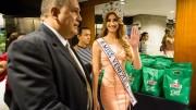 CAR02 CARACAS (VENEZUELA) 09/10/2015.- La estudiante de Odontología de 19 años y nueva Miss Venezuela Mariam Habach Santucci, participa en una conferencia de prensa hoy, viernes 9 de octubre del 2015, en Caracas (Venezuela). Habach Santucci, nacida en el occidental estado Lara, se convirtió en la representante de su país en el certamen Miss Universo, evento internacional en el que las venezolanas han obtenido siete coronas. EFE/ MIGUEL GUTIÉRREZ