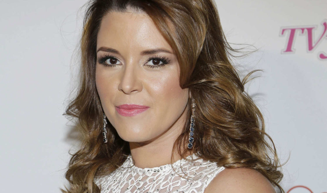 Alicia machado barri el piso con donald trump for Piso exterior zulia