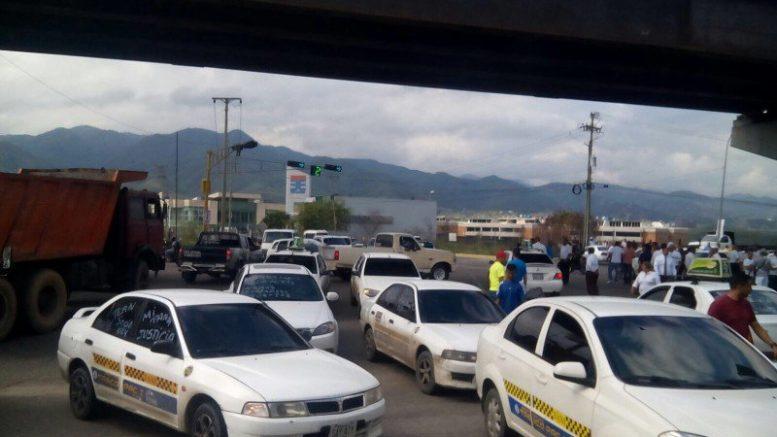 Taxistas aseguran que son los cajeros autom ticos de la for Cuales son los cajeros red