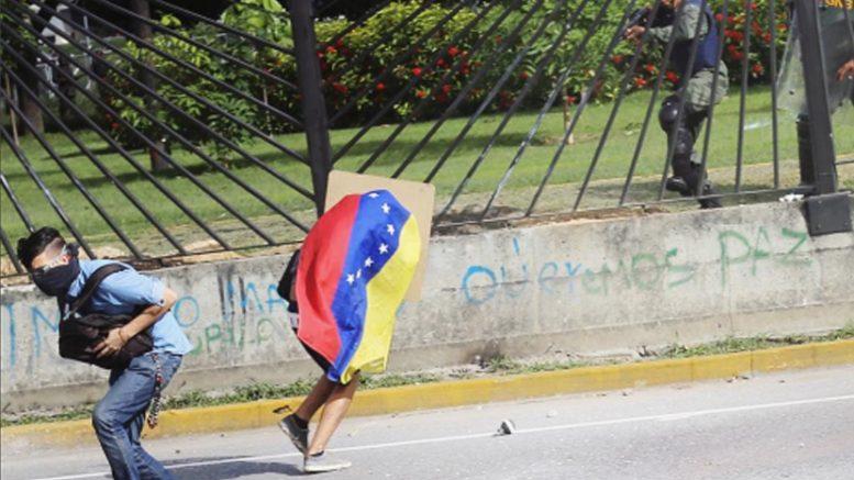 Dictadura de Nicolas Maduro - Página 6 Escudero-david-vallenilla-777x437