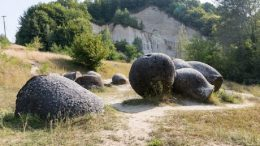 curiosas rocas rumanas
