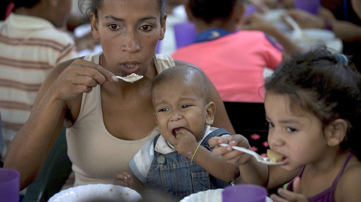 Los comedores que instal la oposici n para que los ni os for Comedores para bebes